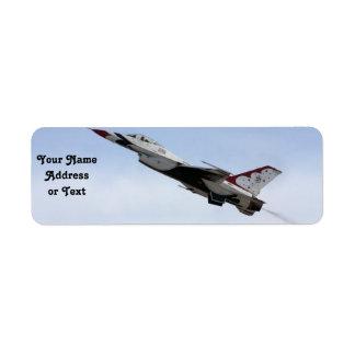 飛行中のF-16雷鳥 ラベル