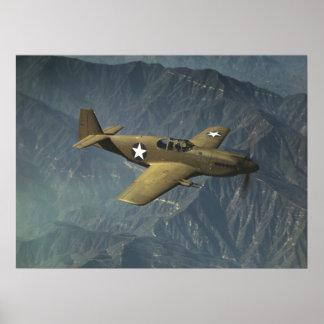 飛行中のP-51ムスタング ポスター
