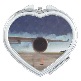 飛行機の大きいエンジン