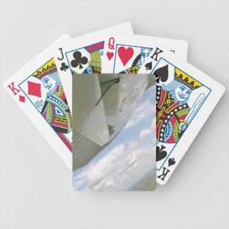 飛行機の翼の航空飛行機のplayingcards バイスクルトランプ