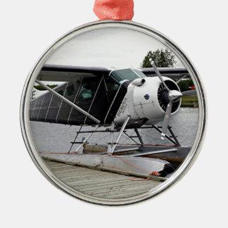 飛行機1の湖のフード、アラスカ、米国を浮かべて下さい メタルオーナメント