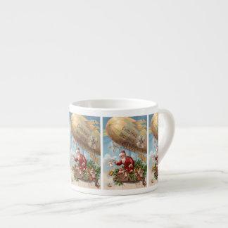 飛行船のサンタクロース エスプレッソカップ