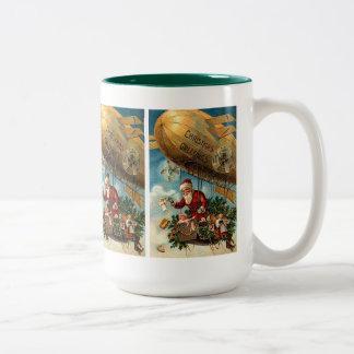 飛行船のサンタクロース ツートーンマグカップ