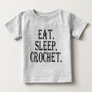食べて下さい。 睡眠。 かぎ針編み。 (服装) ベビーTシャツ