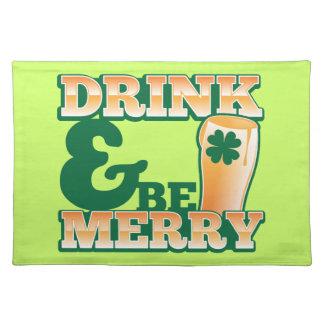 飲み物はメリーであり、! ビール店から ランチョンマット
