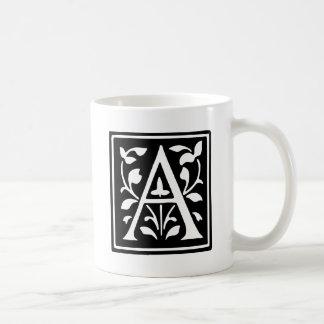飾られたタイポグラフィの手紙A コーヒーマグカップ