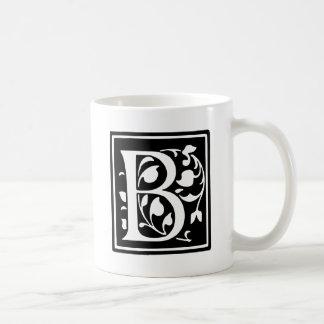 飾られたタイポグラフィの手紙B コーヒーマグカップ