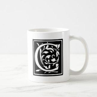 飾られたタイポグラフィの手紙C コーヒーマグカップ
