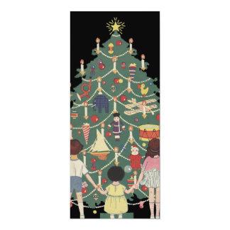 飾られた木のまわりのヴィンテージのクリスマスの子供 10.2 X 23.5 インビテーションカード