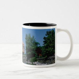 館Chillonのレマン湖、ヴォー州のカントン、 ツートーンマグカップ