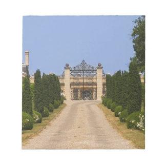 館Haut Sarpeへの印象的な入口 ノートパッド