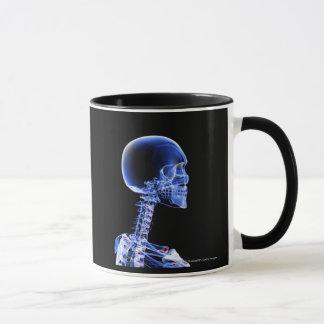 首の骨のX線の上で閉めて下さい マグカップ