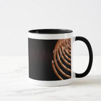香のコイルのコーヒー・マグ マグカップ
