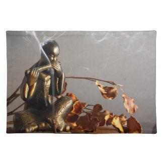 香のランチョンマットの仏の彫像 ランチョンマット