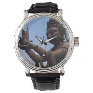 香港のランタオ島、Po林修道院 腕時計