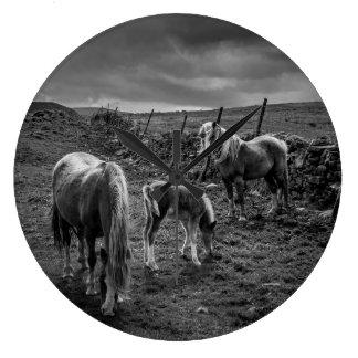 馬および子馬の柱時計 ラージ壁時計