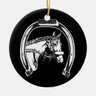 馬および蹄鉄の傷の芸術 セラミックオーナメント