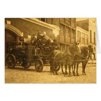 馬が引く消防車のヴィンテージ カード