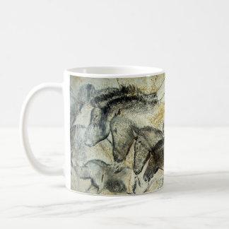 馬のコーヒー・マグのLascauxの洞窟壁画 コーヒーマグカップ