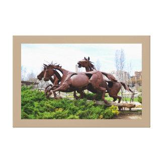 馬の彫像 キャンバスプリント