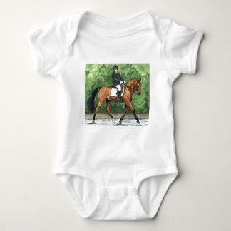 馬の芸術の馬場馬術の馬湾の小走りに走ること ベビーボディスーツ