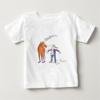 馬はおもしろいな漫画くしゃみをします ベビーTシャツ