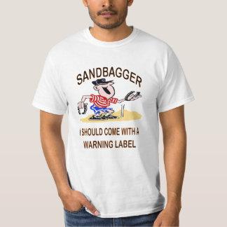 馬はSandbaggerの価値ティーに蹄鉄を打ちます Tシャツ