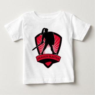 騎士ドラゴンの殺害者のTシャツ ベビーTシャツ