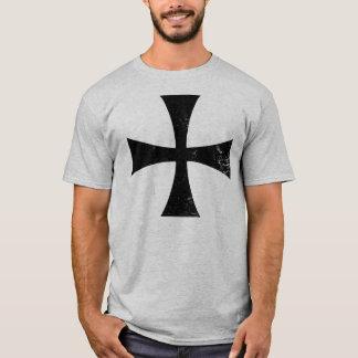 騎士Templarの黒い十字のTシャツ Tシャツ