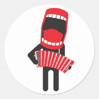 騒々しい歌うアコーディオンプレーヤー ラウンドシール