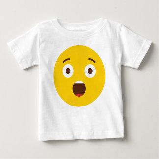 驚かされたEmoji ベビーTシャツ