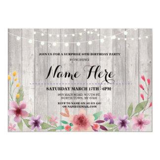驚きの誕生会の素朴な花のピンクの招待 カード