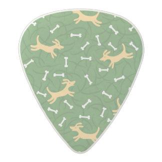 骨の背景を持つ幸運な犬 アセタール ギターピック