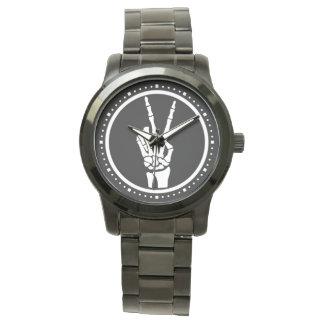 骨格ピースサイン 腕時計