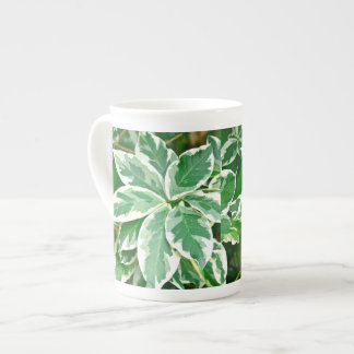 """骨灰磁器のコーヒー・マグ、""""葉/植物"""" ボーンチャイナカップ"""