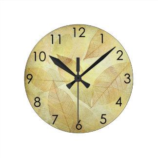 骨組は金ゴールド及び銅及び青銅去ります ラウンド壁時計
