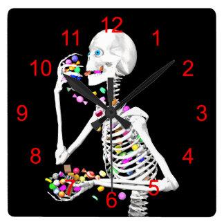 骨組ハロウィン食べるキャンデー スクエア壁時計
