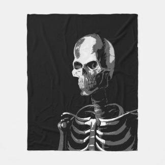 骨組黒およびwhitet フリースブランケット
