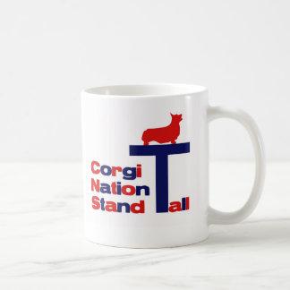 高いコーギーの国家の立場 コーヒーマグカップ