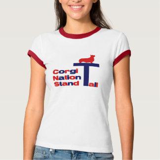 高いコーギーの国家の立場 Tシャツ