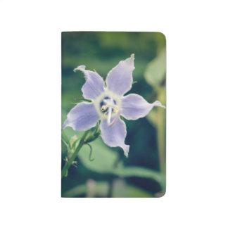 高いホタルブクロの野生の花のポケットジャーナル ポケットジャーナル