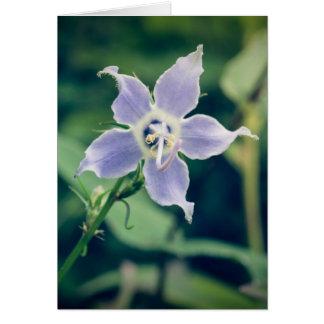 高いホタルブクロの野生の花の縦のメッセージカード カード