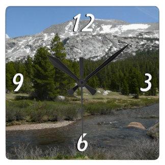 高い国山の流れIIヨセミテ公園 スクエア壁時計