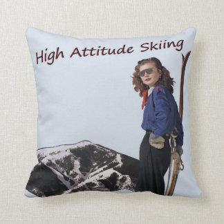 高い態度のスキー クッション