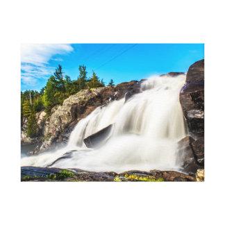 高い滝、カナダ キャンバスプリント