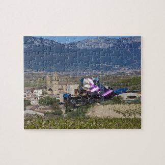 高い町の眺めおよびHotel Marques de Riscal 2 ジグソーパズル