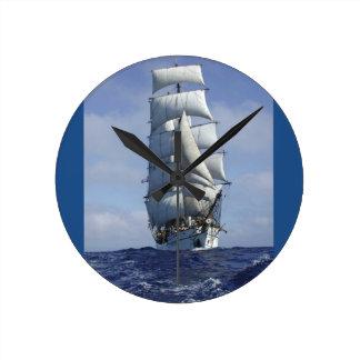 高い船の時計 ラウンド壁時計