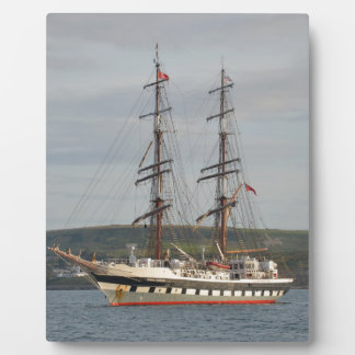 高い船Stavros S Niarchos. フォトプラーク