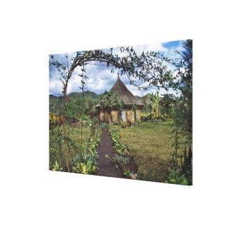 高地の村、Goroka、新しいパプア キャンバスプリント