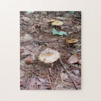 高地N.C. Forestのタン色のきのこ ジグソーパズル